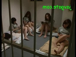japanese women s prison face sit the guard
